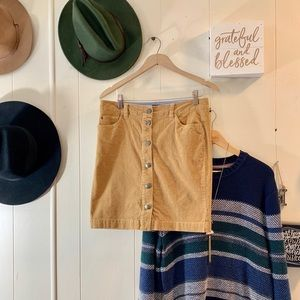 Tommy Hilfinger button front cord skirt